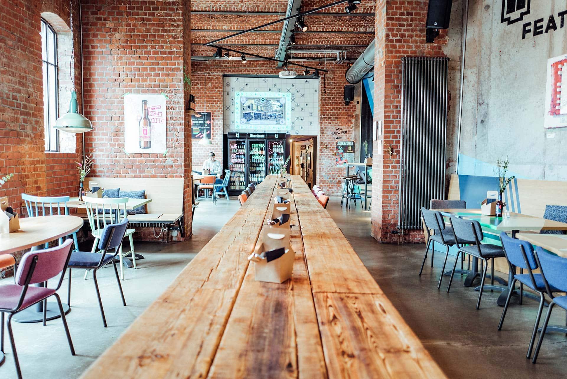 TasteTours Ueberquell Pizza Craftbeer Riverkasematten Fotocredit GeheimtippHamburg - So nachhaltig kann Craft Beer sein!